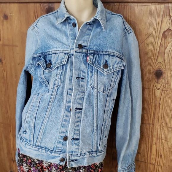 Levi's Jackets & Blazers - Vintage Levi's jacket size small
